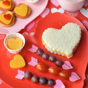Valentines-Day-Snack-and-Lunch-Ideas-550x550